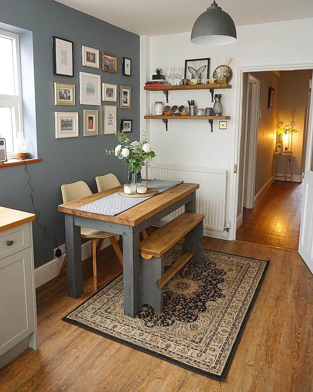 8 Small Kitchen Table Ideas for Your Home - stylevane.com