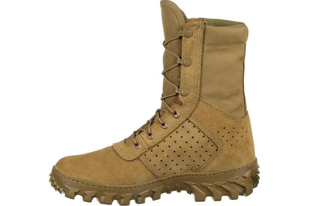 Here Are the Jungle Combat Boots That Emerged from Army Testing .
