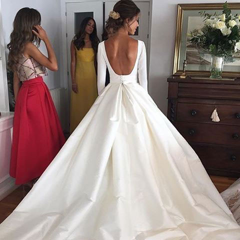 Elegant White Backless Wedding Dress Bridal Gowns with Long .