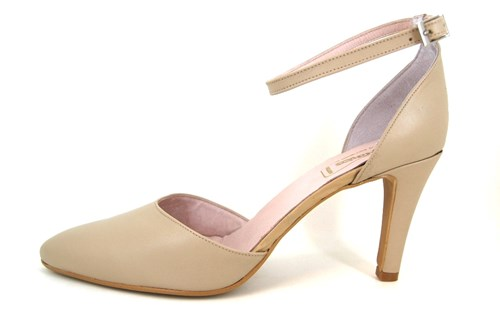 Pumps with Ankle Straps - beige | Large Size | Pumps | Stravers Sho