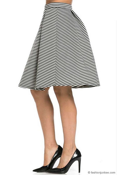 Striped Flared Midi Skirt-Black & Whi