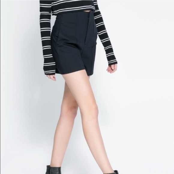 Zara Shorts   Black High Waisted   Poshma