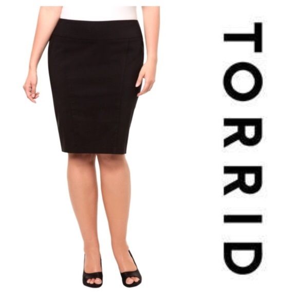 torrid Skirts | Satin Black Pencil Skirt | Poshma