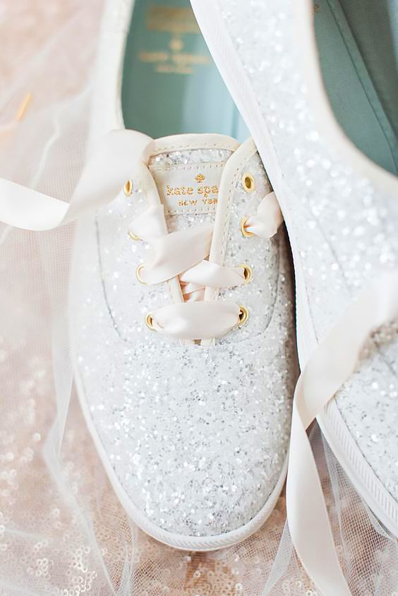 33 Comfortable Wedding Shoes That Are Stylish | Wedding sneakers .