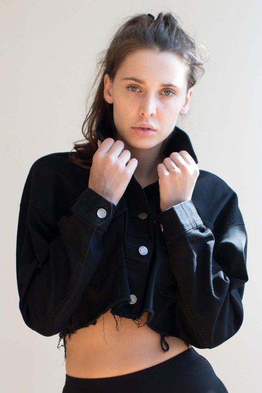 Black Frayed Hem Cropped Denim Jacket - Ragsto