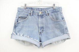 33 waist Wrangler High Waisted Denim Shorts Jean Shorts Light | Et