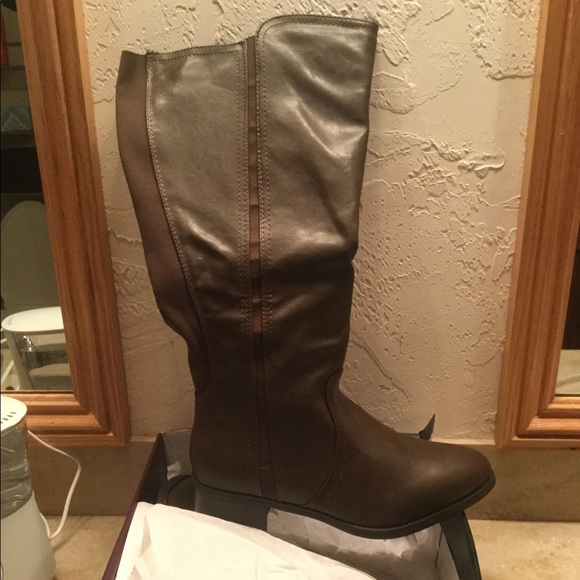 Lane Bryant Shoes | Extra Wide Calf Boots | Poshma
