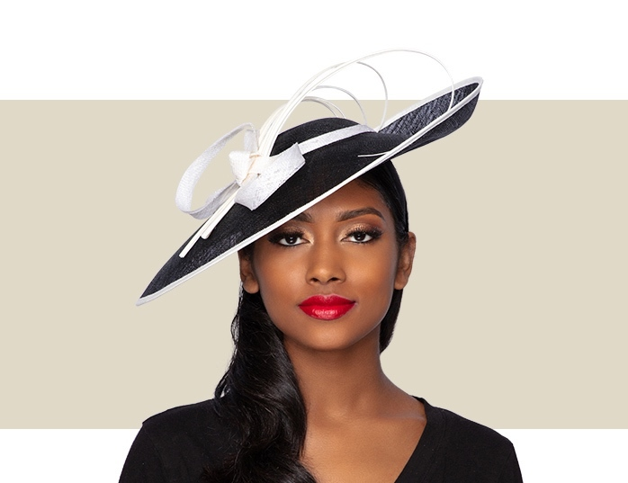 LILLY FASCINATOR HAT - Black and Ivory - Gold Coast Coutu