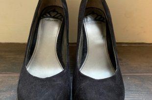 Fergalicious Shoes | By Ferguson Black Wedges | Poshma