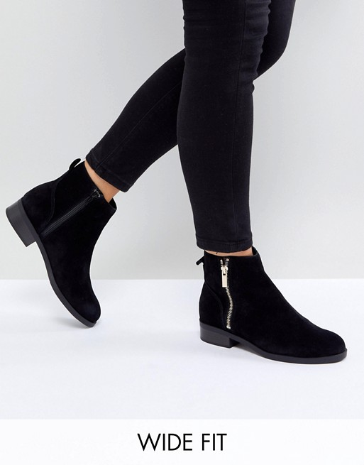 New Look Wide Fit Suede Flat Ankle Boot | AS
