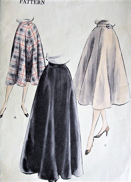 1950s FLATTERING Day or Evening Skirt Pattern VOGUE 7467 .