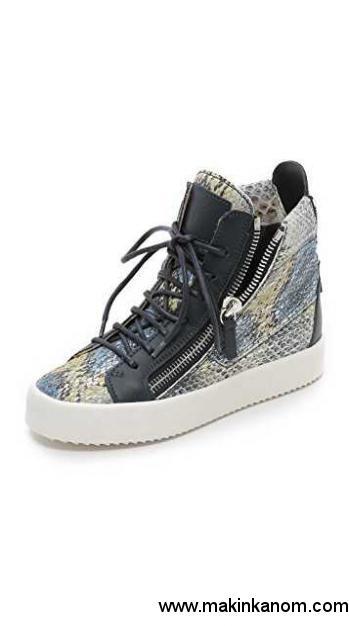 Cheap Quality Giuseppe Zanotti Printed Snake Sneakers Blue Multi .