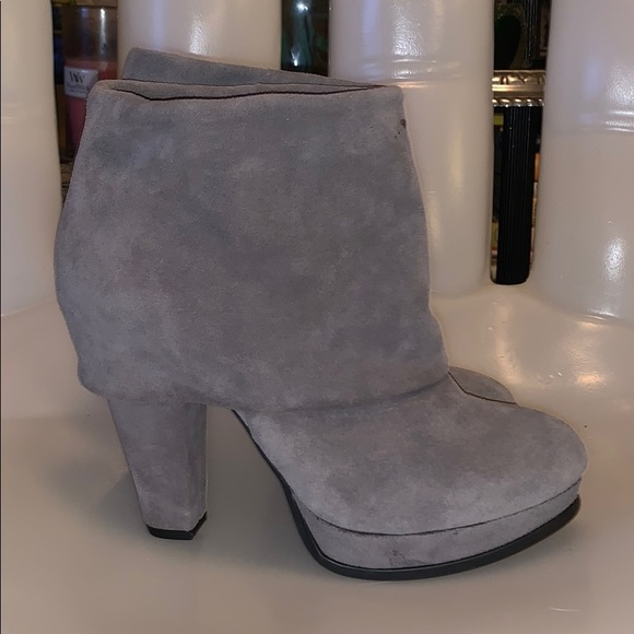 Steve Madden Shoes | Gray Suede Heeled Ankle Boots | Poshma