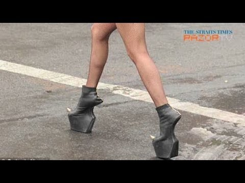 Is heel-less the new sexy? (Heel-less shoes Pt 2) - YouTu