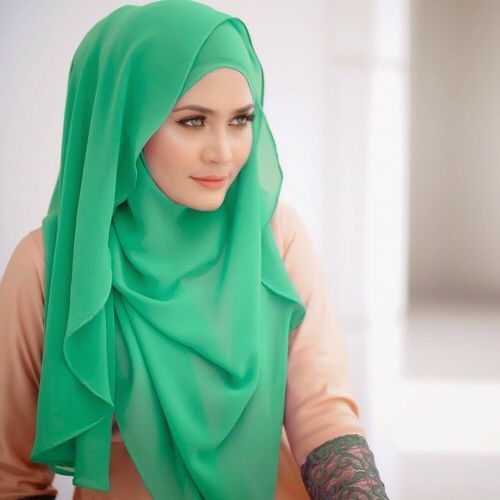 25 Best Hijab Styles for Short Height Girls to Look Tall | Hijab .