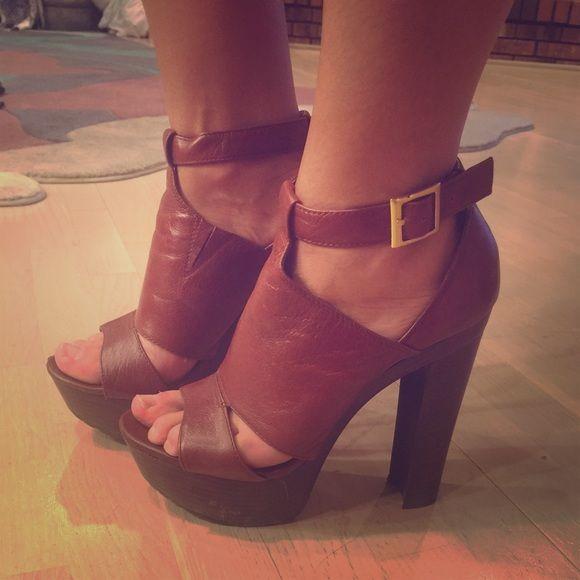 Jessica Simpson high heels | Jessica simpson high heels, Heels .