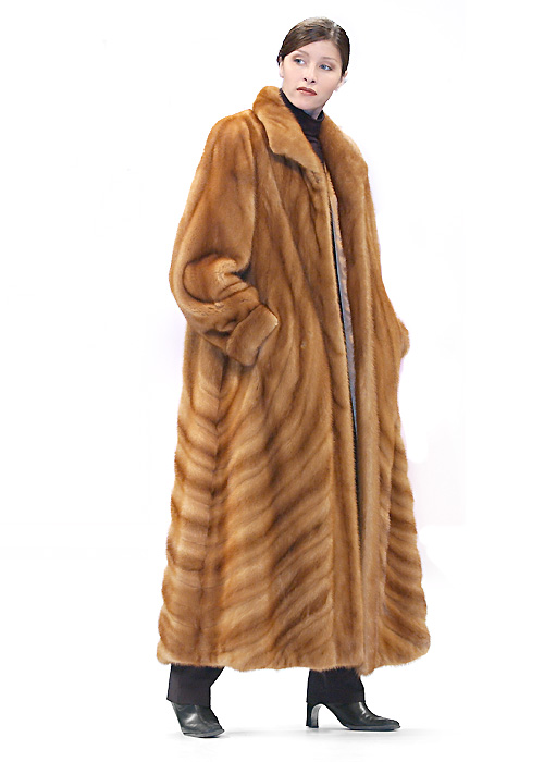 Mink Coat – Golden Dyed Directional | Madison Avenue Mall Fu