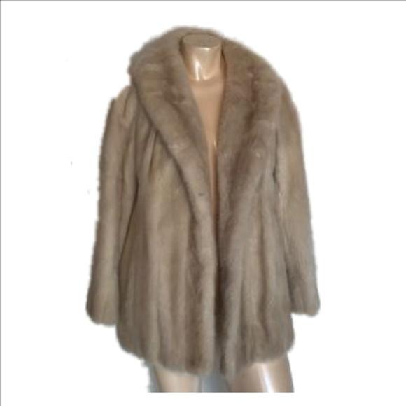 Willman's Furriers Jackets & Coats   Vintageblonde Mink Jacket .