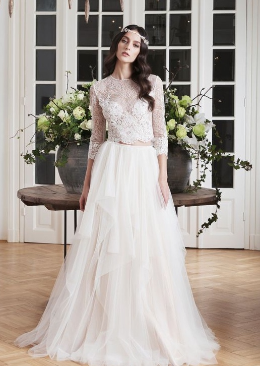 Wedding Dresses with Modern Charm - MODweddi