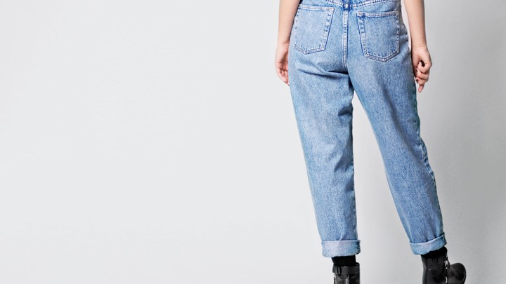 How Mom Jeans Became Cool (Again) - The Atlant