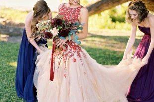 Nontraditional wedding dress | Traditional wedding dresses .