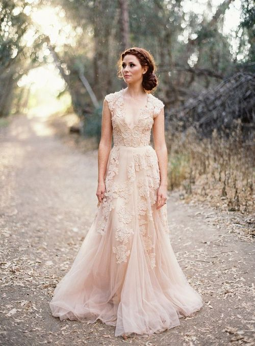 How to find your perfect wedding dress | Wedding dresses, Lace .