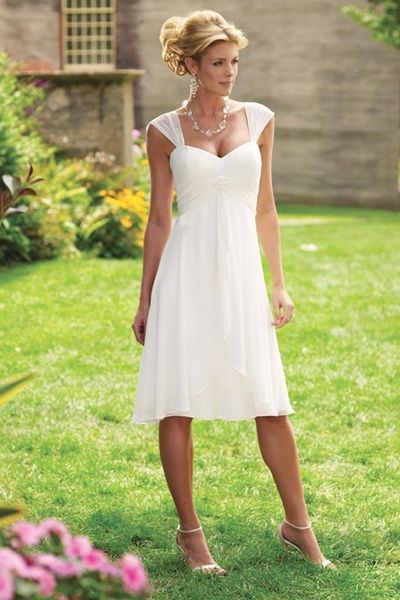 10 Non-Traditional Wedding Dresses for the Non-Traditional Bride .