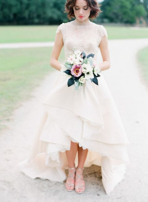 23 non-traditional wedding dress ideas for ballsy brides .