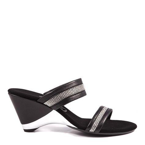 Onex / Stunning Black | Onex shoes, Onex, Boot shoes wom