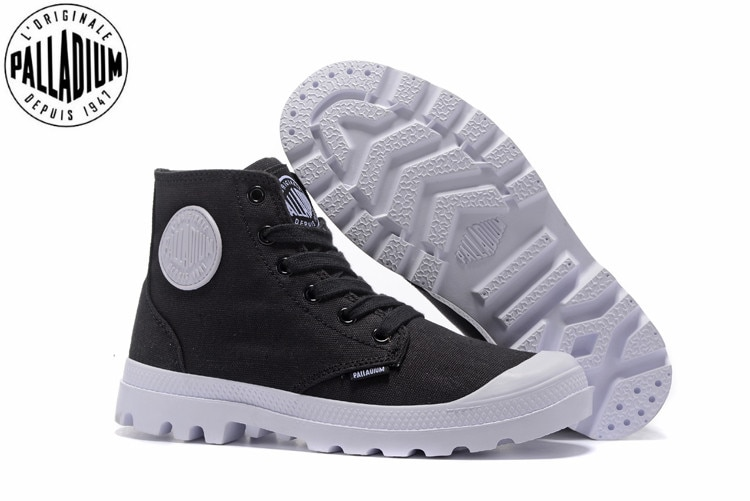PALLADIUM PAMPA HI ORIGINALE TC Sneakers black and white Classic .