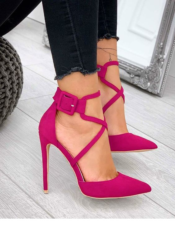 Nice pink shoes with dark jea