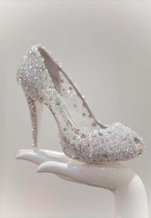 prom shoes sparkly cinderella #prom #promshoessparkly .