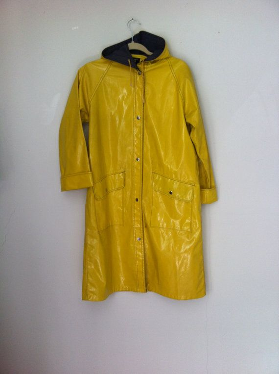 80s Vintage YELLOW RAINCOAT Vinyl PVC Fisherman Rain Jacket .