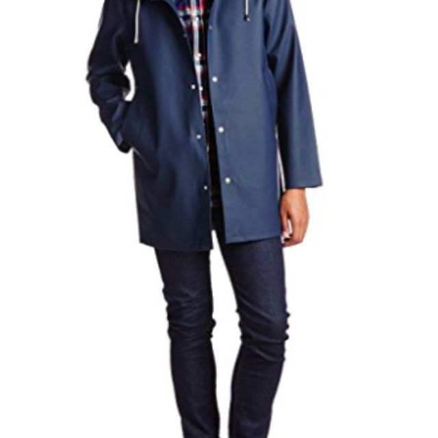 The 7 Best Raincoats of 20
