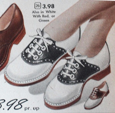 Saddle Shoes: Black & White Saddle Oxford Sho