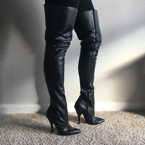 Shoes | Black Leather Thigh High Stiletto Boots 85 Italy | Poshma