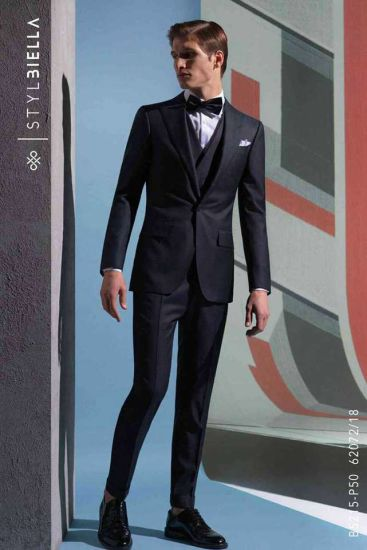 China Tailored Suits Set for Men, Mtm Mens Slim Fit Suits - China .