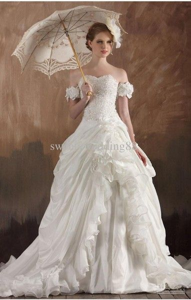 Vintage Wedding Dresses for the Fashion Conscious Bride .
