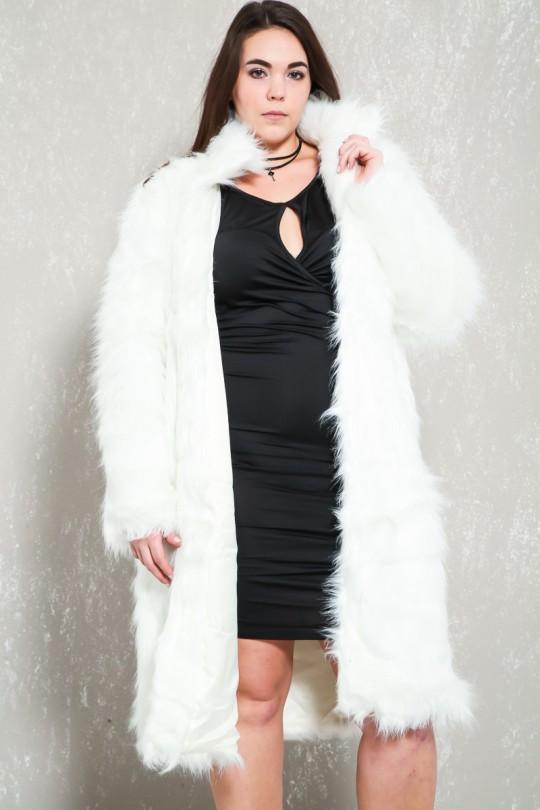 Sexy White Long Sleeve Plus Size Faux Fur Co