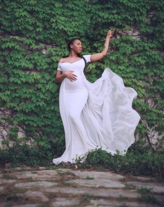 Baby Shower Dress-White Maternity Dress for Photo Shoot-Photo | Et