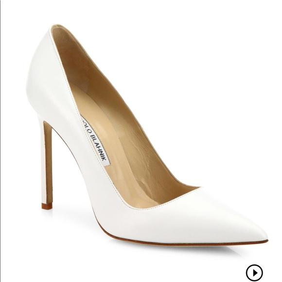 Manolo Blahnik Shoes | White Pumps | Poshma