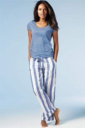 Womens Sleepwear - PJs, Nighties, Pyjamas, Robes, Dressing Gowns .