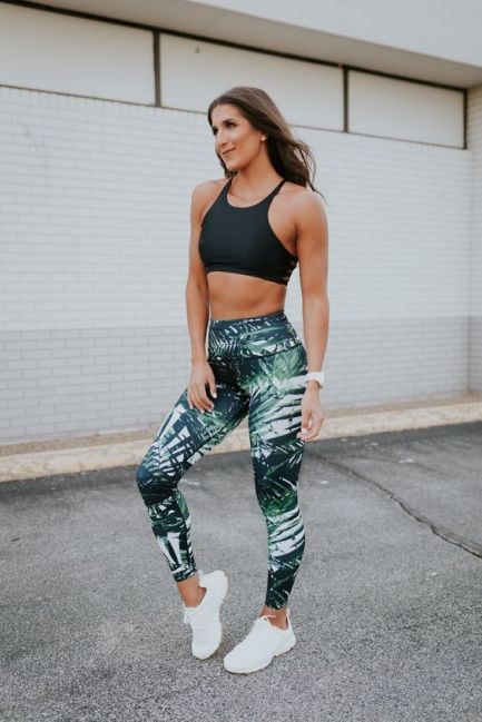 50+ Workout Outfits For Women Ideas – Five