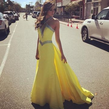 $139.99 Yellow Long Prom Dresses 2020 Halter Sleevele