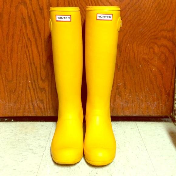 Hunter Shoes | Original Tall Yellow Rain Boots | Poshma