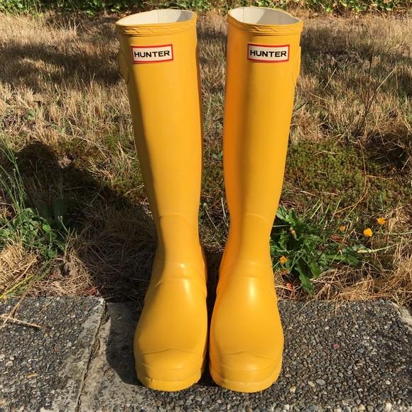 Hunter Shoes | Tall Yellow Womens Rain Boots | Poshma
