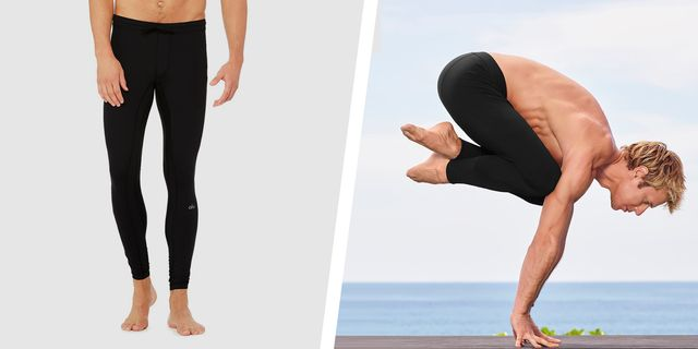 12 Best Yoga Clothes for Men 20